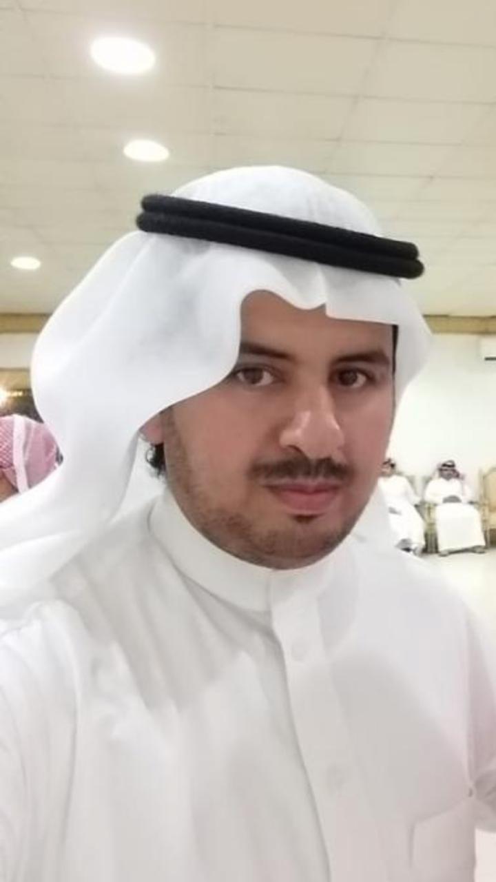 د. عبداللطيف آل الشيخ شموخ وعزة عبر مسيرة مسطرة بالعطاءات