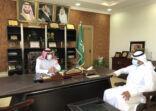 مدير مركز التنمية الإجتماعية يستقبل رئيس مجلس إدارة صحيفة الأفلاج الإلكترونية