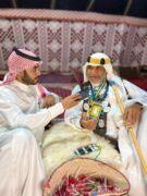 """""""زمانك حلو"""" أبو راشد رجل الزي التراثي الذي أُشتهر به على مستوى المملكة"""